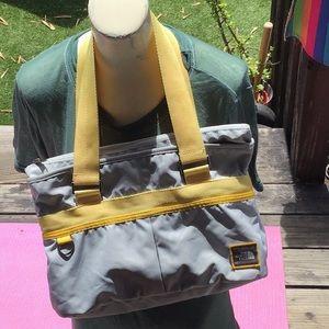 🌈North Face Insulated shoulder bag versatile